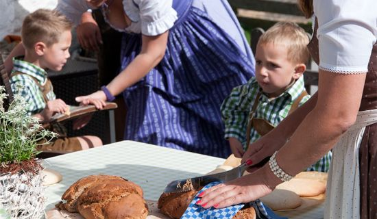Baking bread at Waldhof